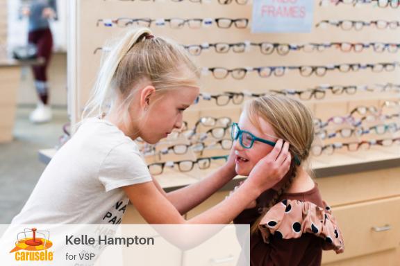 Carusele Influencer Marketing - Kelle Hampton for VSP